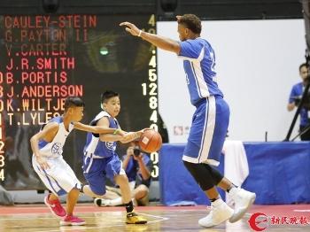 姚明的慈善事业:用篮球点亮孩子们的梦想星空