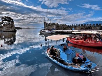 天下游 | 希腊纳夫帕克托斯,古堡与漂流不可错过