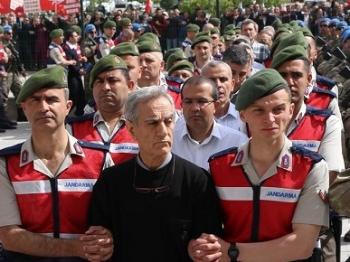 土耳其法院开庭审讯486名未遂政变嫌疑人