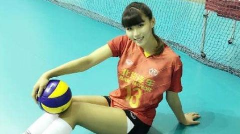 中国女排新女神颜值爆表