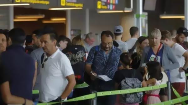 机场大巴及出租车停运,西班牙机场安检罢工潮蔓延
