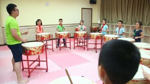 432个站点5万人次报名 2017上海小学生爱心暑托班结业