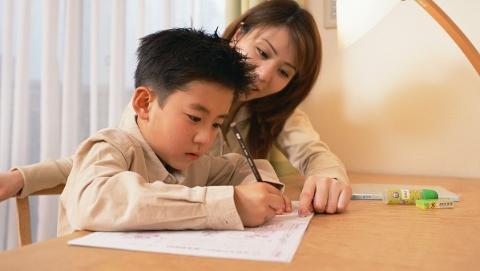 网评 检查作业对错是老师的事  家长起监督作用即可