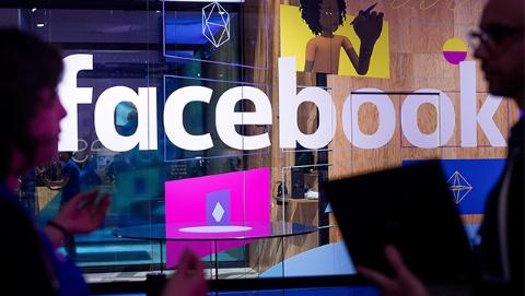 """""""通俄门""""调查最新进展:脸书向美国会递交3000条政治广告信息"""