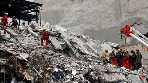 牵动墨西哥的地震受困女孩,竟然不存在!