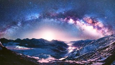 """壮美荒野、浩瀚苍穹、2200万颗真实星点……今起上海自然博物馆开启""""星空之镜"""""""
