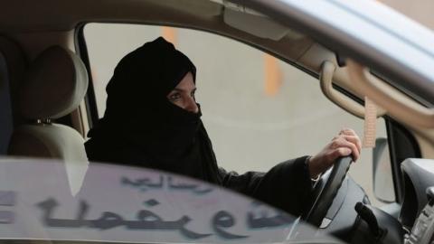 沙特开禁允许妇女驾车 新王储是背后推手?
