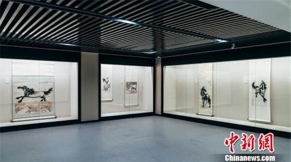 上海最大民营博物馆开门迎客 汇聚齐白石等大师作品