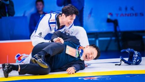 WT大满贯总决赛:李大勋加冕新冠 中国队憾收两银