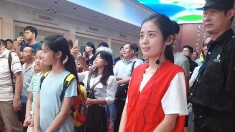 中国梦 申城美|活跃在上海红色建筑里的大学生志愿者