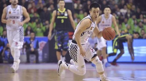 CBA全明星赛参赛队员名单出炉!上海男篮两将入选