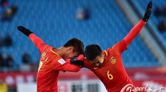 U23亚洲杯中国队3比0横扫阿曼!韦世豪独造3球