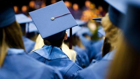 上海工程技术大学发布就业质量报告:制造业成毕业生首选