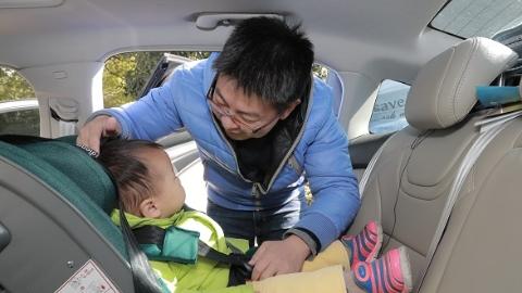 儿童乘客安全实景检测课堂——手把手教安全座椅怎么用才安全