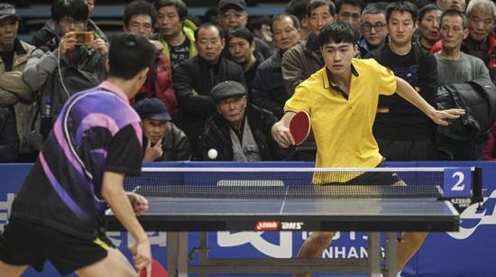 人气爆棚 2018新民晚报红双喜杯迎新春乒乓球赛点燃运动激情