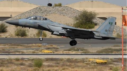 也门胡塞民兵击落沙特王牌战机
