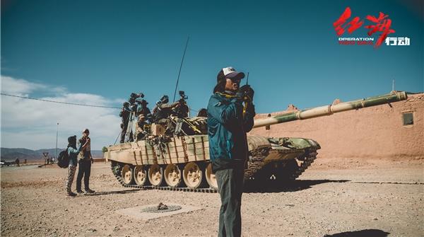 每一场戏都是大场面!《红海行动》动用摩洛哥军方装备