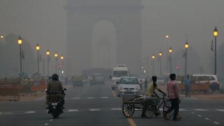 印度75%空气污染致死案在农村 燃烧秸秆是元凶