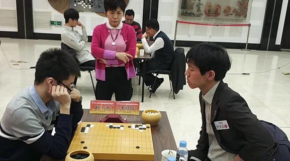 中韩围棋联赛冠军对抗赛首轮 正官庄队3比1胜中信队