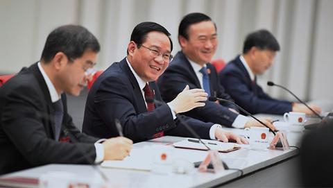 上海两会 | 李强书记参加浦东代表团全团审议,他给哪些建言点赞?