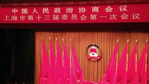 上海两会 | 新型就业群体超150万人 九成快递员没有劳动合同