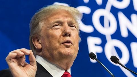 """特朗普演讲""""只谈钱"""",听众:""""听得我快哭了"""""""