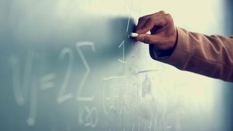 闵行区公布调查结果:教师缪某评定高级职称流程规范、符合规定