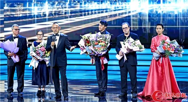 第21届上海国际电影节开幕式 新民晚报记者 郭新洋 摄.jpg
