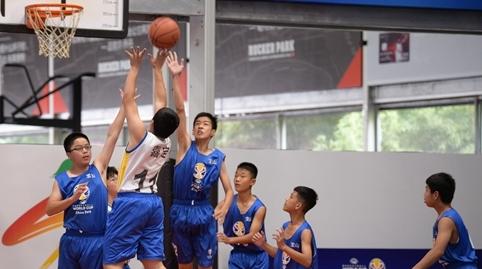 """""""灌篮高手""""从这里""""起飞"""":上海市第十六届运动会篮球比赛启幕"""