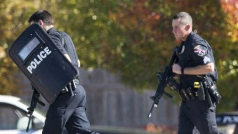 美国南卡州警察执法时遭枪击1死6伤