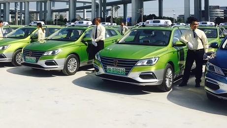 进口博览会专属车队成立 350辆纯电动出租车今天发车