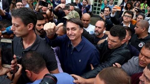巴西大选第一轮投票无人胜出 将于10月底举行第二轮投票