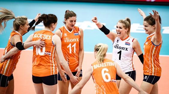 荷兰队3比2逆转美国队 携手中国女排挺进世锦赛四强