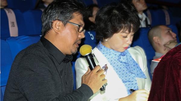 """我是你的眼,听听佟瑞欣如何为视障人群""""讲""""好一场电影"""