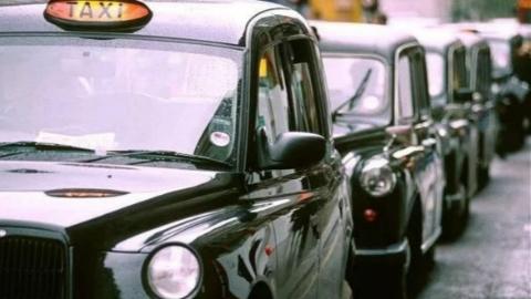 """为啥伦敦出租车都叫""""黑车""""?300年演变历史堪称一部大剧"""
