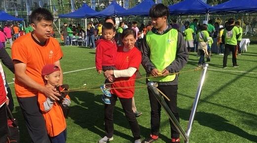 一家老小齐上阵,黄浦区举办第七届邻里节系列活动