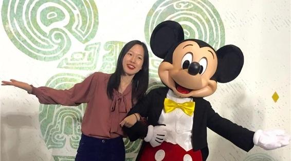 迪士尼米奇首次走进上海博物馆,青铜纹米奇手办你见过吗?