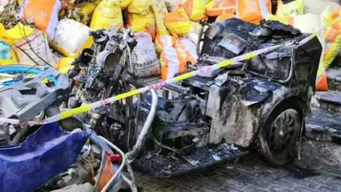 松江海欣新世纪家园突发火灾,或因电动三轮车起火引发