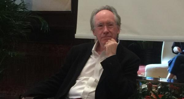 这几天,你或许可以在上海街头邂逅英国大作家伊恩·麦克尤恩!