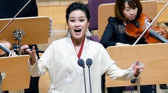 """雷佳艺术节献唱""""新国风"""",廖昌永讲述民歌背后的故事"""