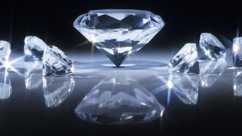 """钻石宝石闪闪惹人爱 太保产险为""""洋品""""保太平"""