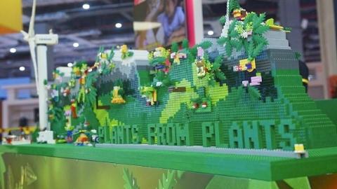 用甘蔗做的积木来了!全新植物基塑料乐高亮相进博会