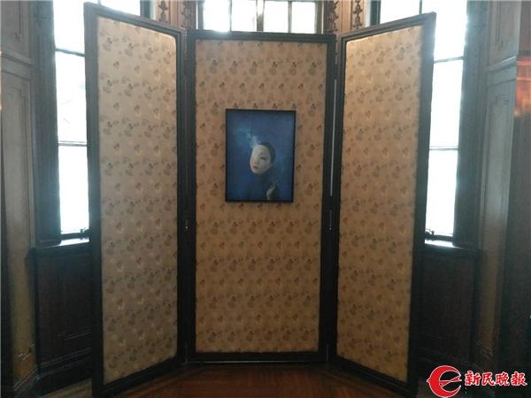 展厅现场的阮玲玉《神女》造型-胡晓芒.jpg