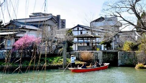 """泛舟江户时期""""城下町""""的见证柳川"""
