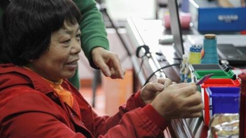 """青浦夏阳街道开展""""低碳文化·变废为宝""""主题活动"""