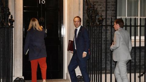 """英国""""脱欧""""协议:欧盟已谈妥 国内难过关"""