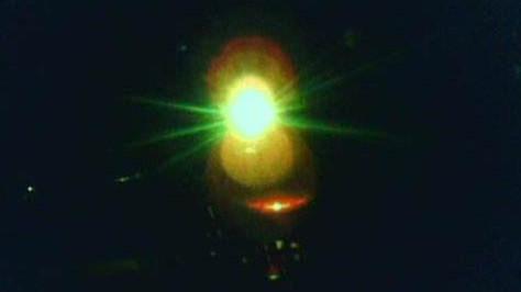 照我夜归的那盏灯,来自素不相识的眼盲老人