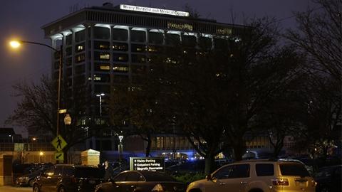 芝加哥一医院发生枪击案 包括枪手在内四人受重伤
