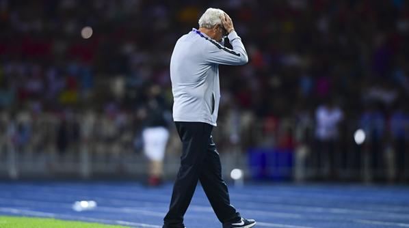 里皮转身离去的背影令人心酸,中国足球这样是谁的悲哀?