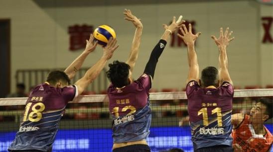 球迷的高呼让上海男排火力全开!沈琼:上海需要这样热烈的球市